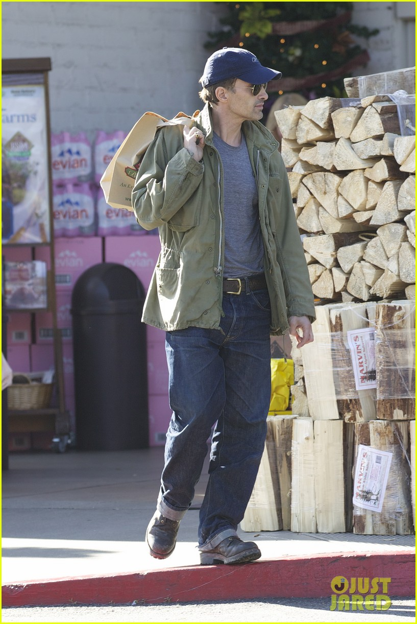 olivier martinez monday grocery run 05