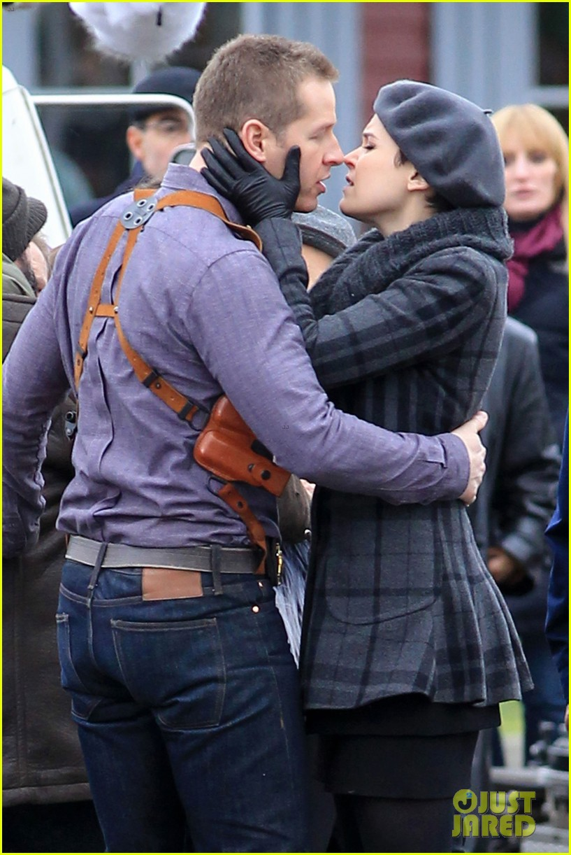 ginnifer goodwin josh dallas kiss set 01