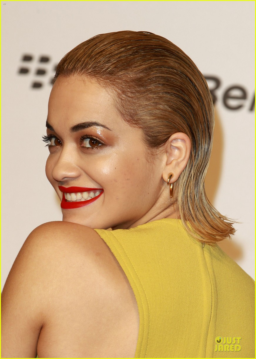 rita ora & the wanted jingle bell ball 12