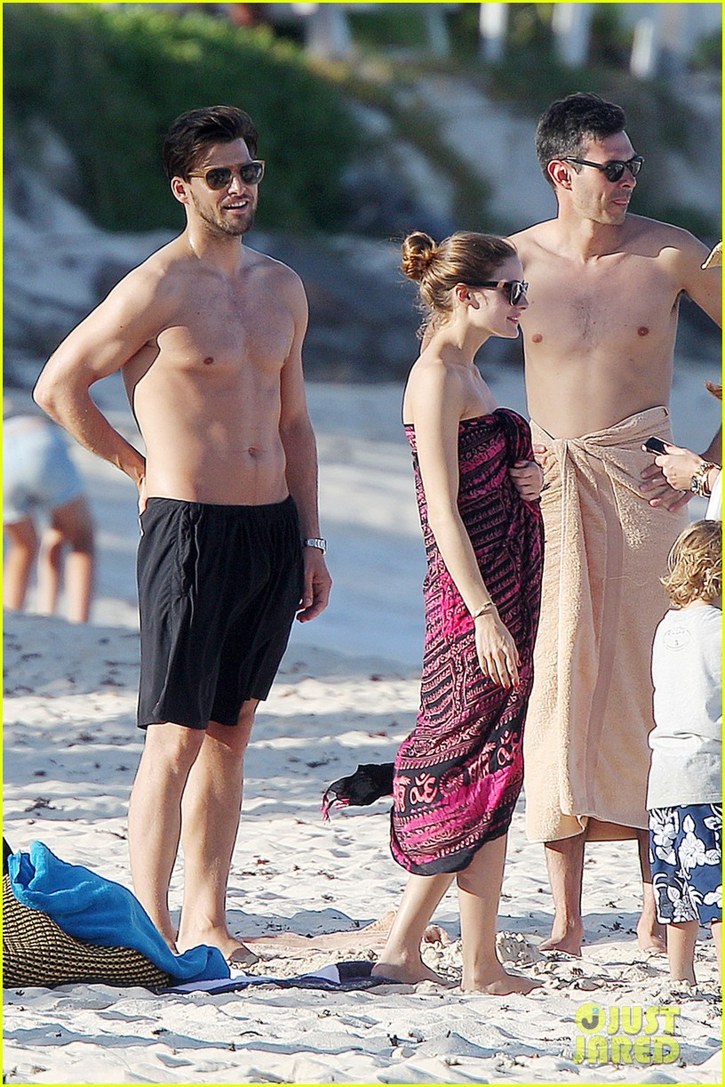 olivia palermo bikini beach with shirtless johannes huebl 04