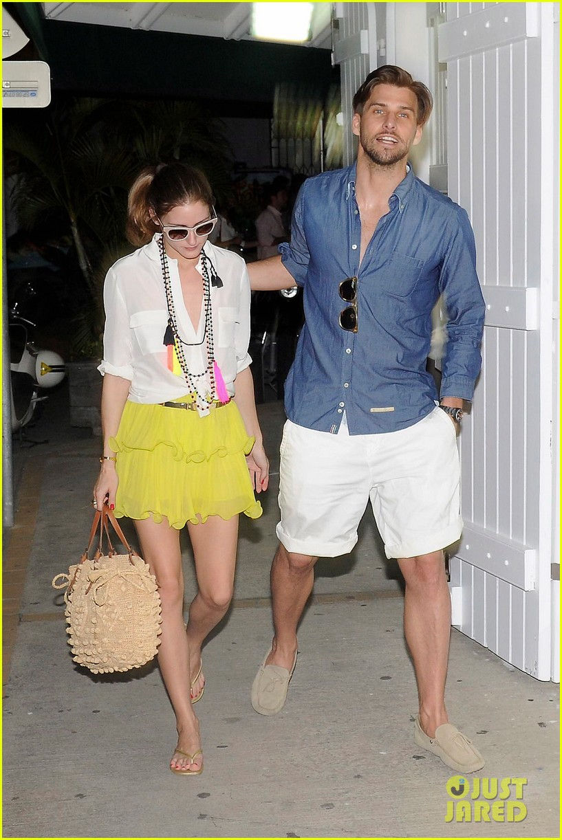 olivia palermo bikini beach with shirtless johannes huebl 11
