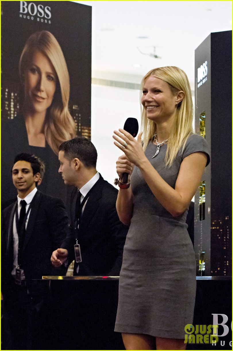 gwyneth paltrow boss nuit appearance in dubai 05