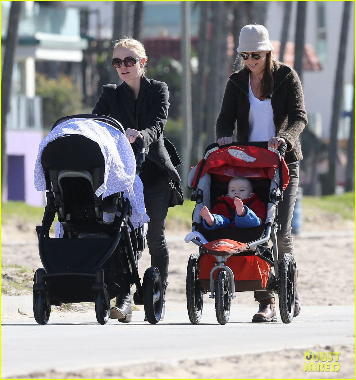 anna paquin venice boardwalk stroll with the twins 102779958