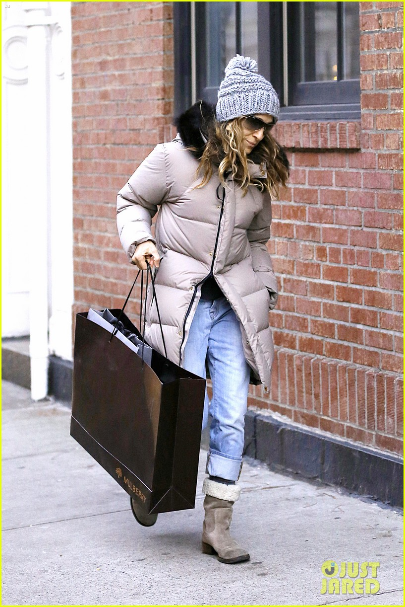 sarah jessica parker post christmas shopping 04