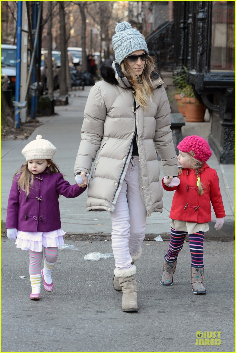 sarah jessica parker & matthew broderick school walk with the twins 052776478