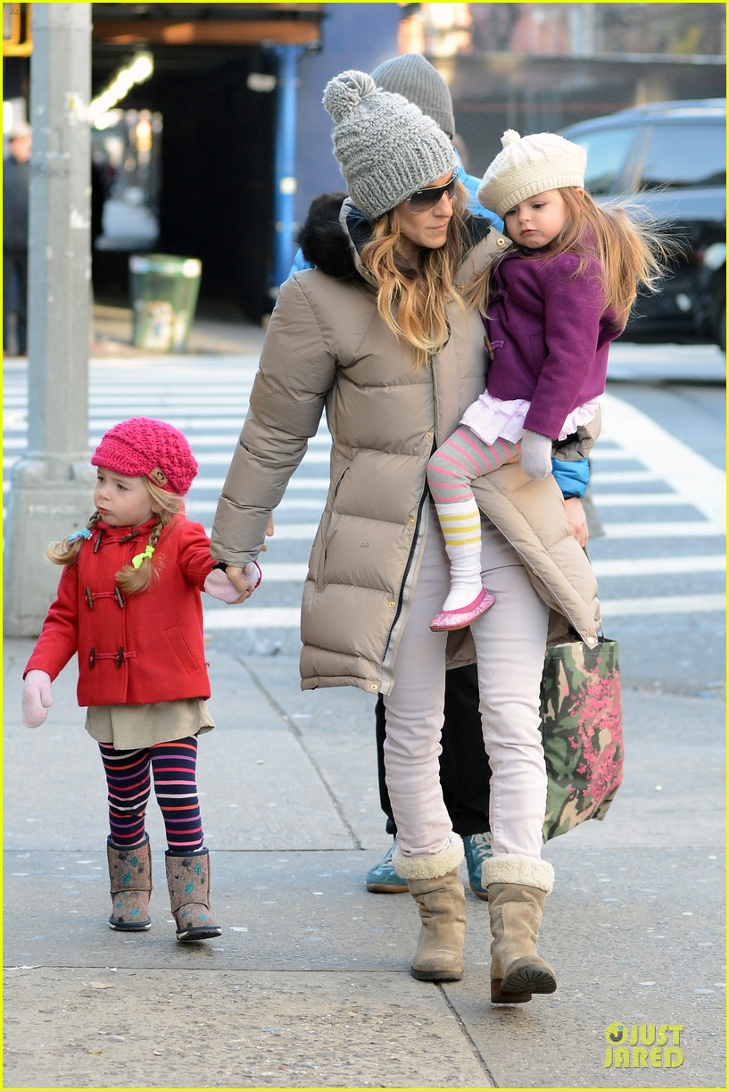 sarah jessica parker & matthew broderick school walk with the twins 122776485