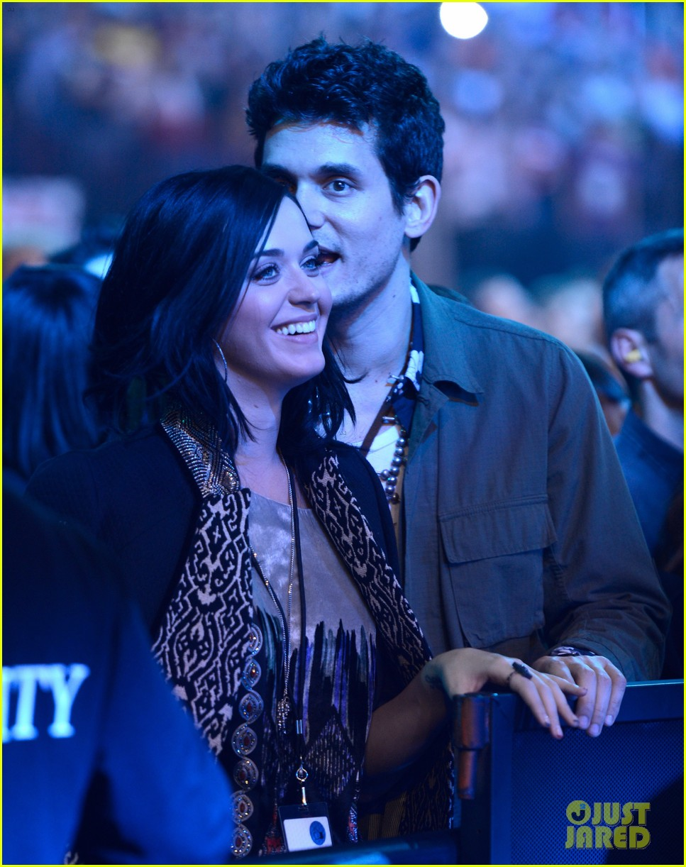katy perry john mayer rolling stone concert couple 032775795