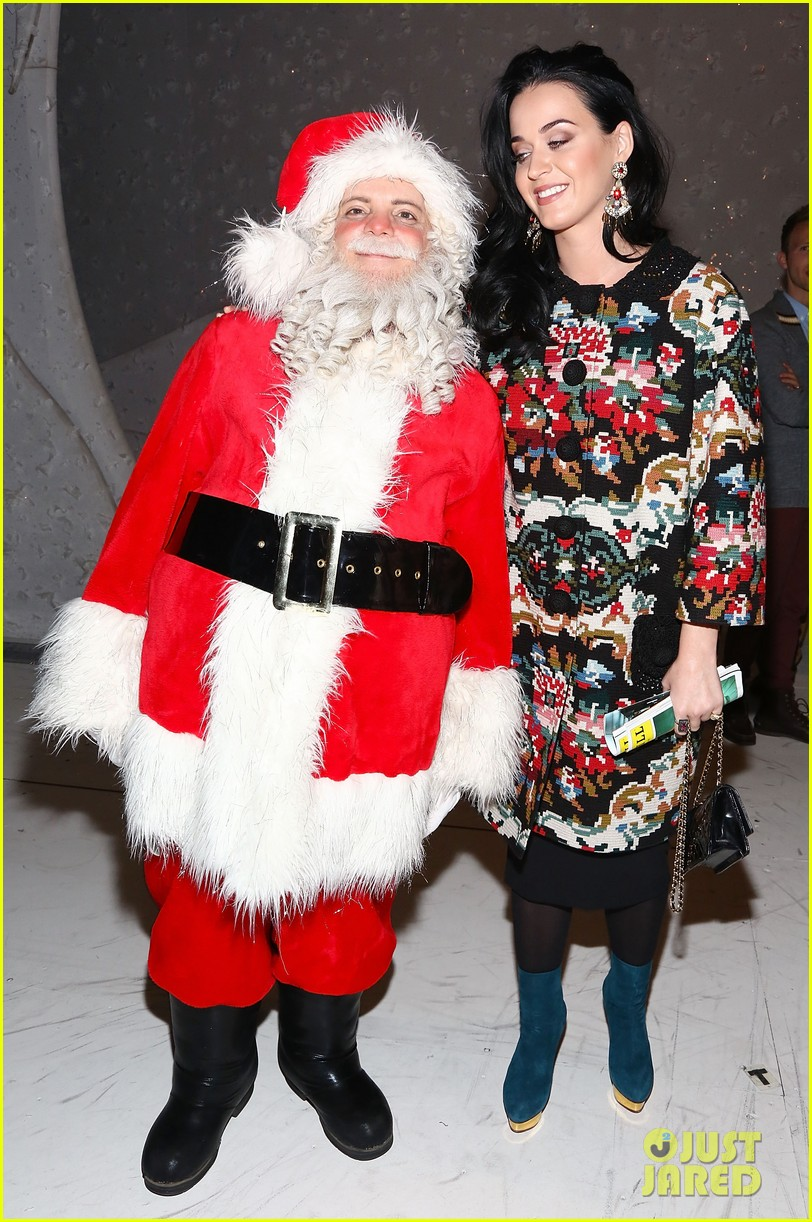 katy perry john mayer christmas story backstage visit 092774937