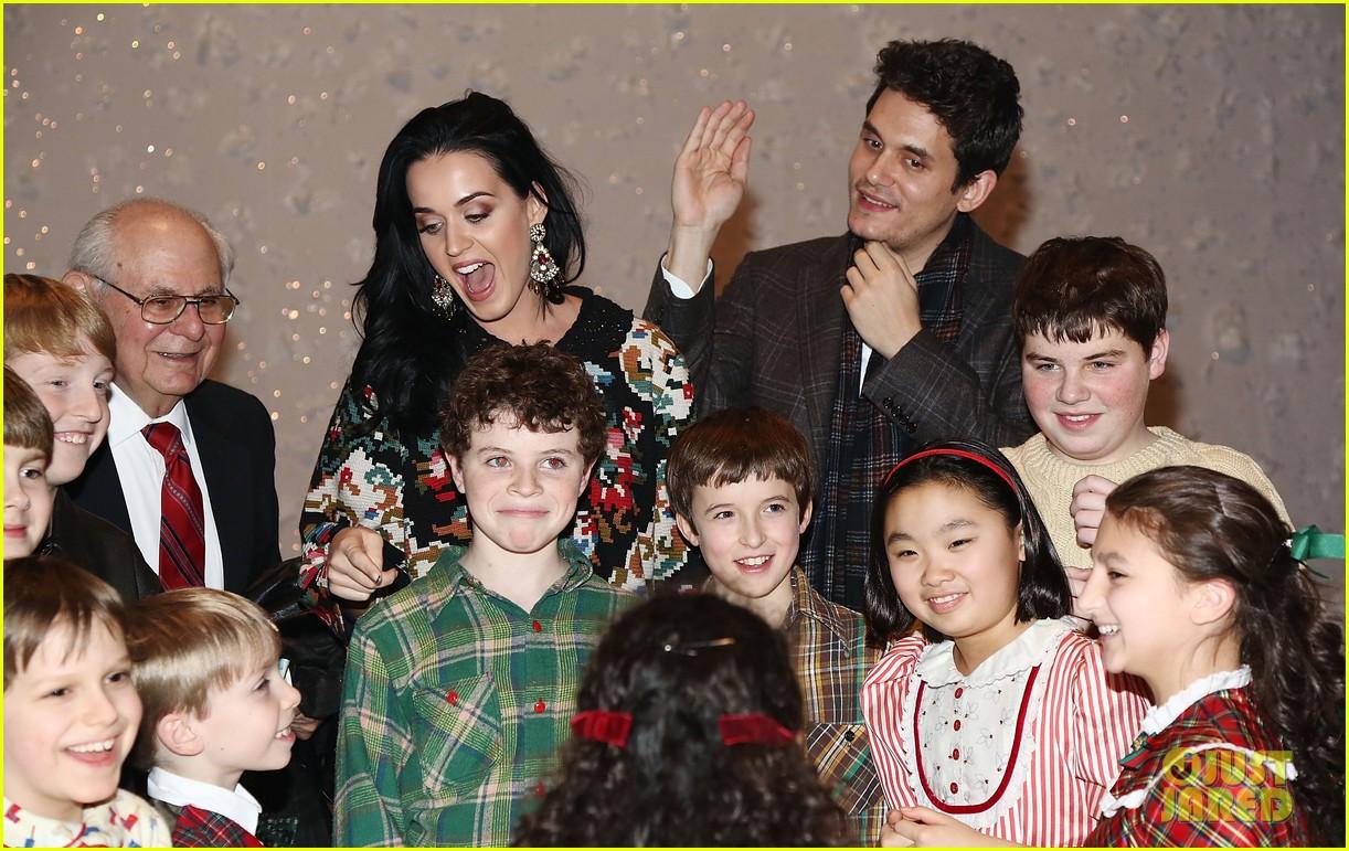 katy perry john mayer christmas story backstage visit 102774938