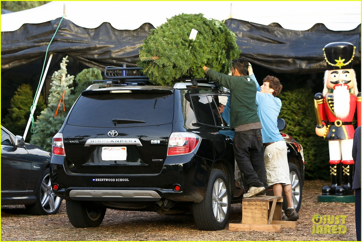 reese witherspoon ryan phillippe tree 082769913