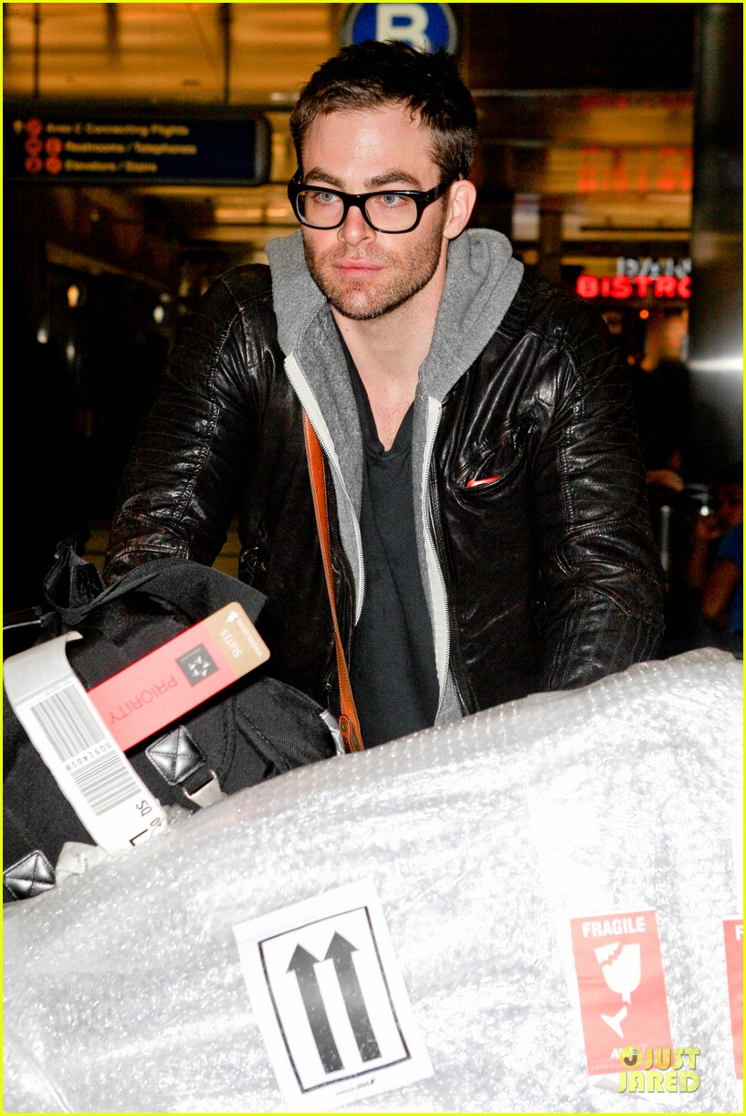 chris pine i had fear of the dark & being alone 092771657