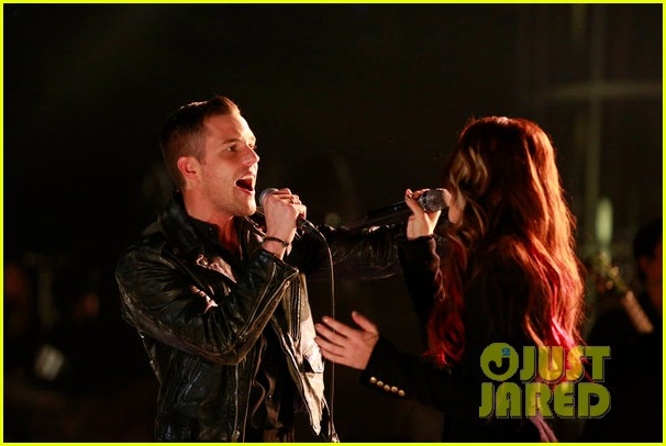cassadee pope the killers the voice finale performance 112778159