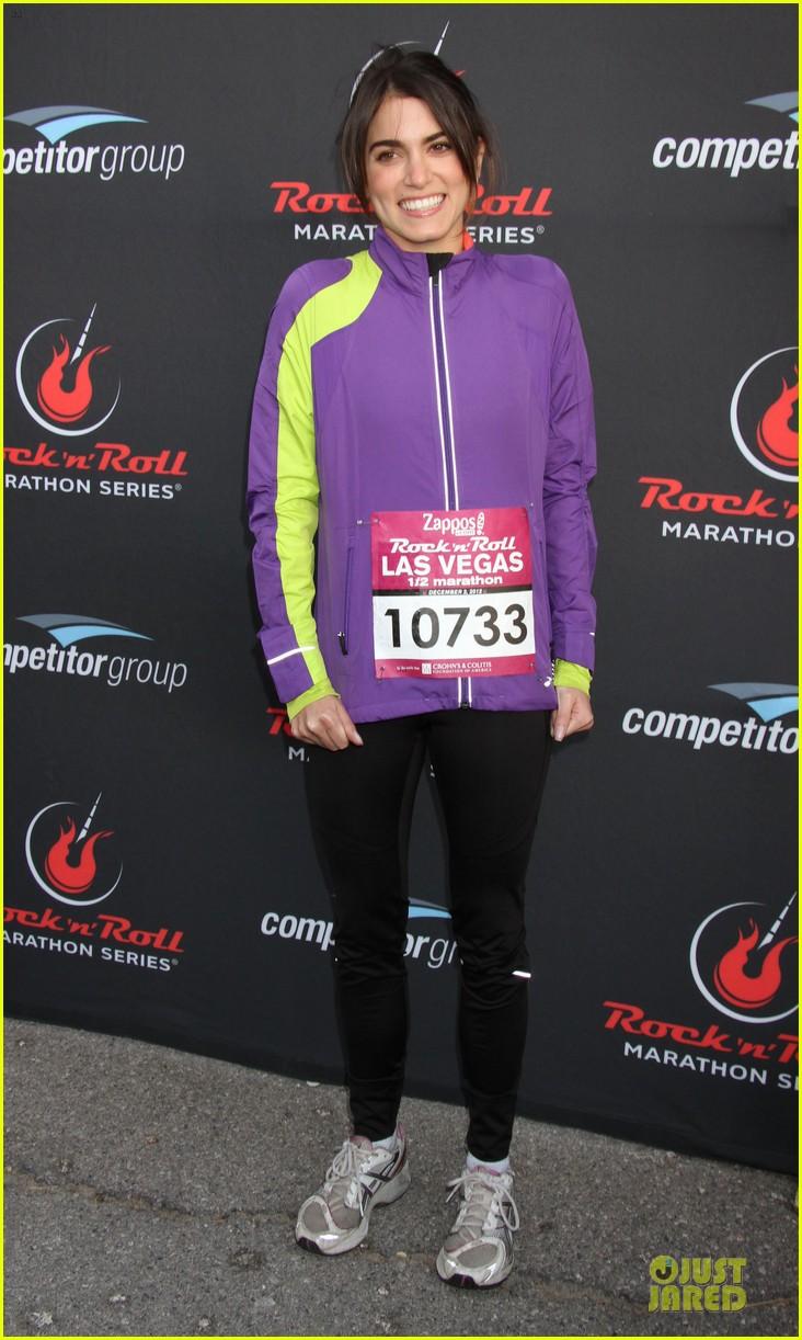 nikki reed & paul mcdonald rock n roll marathon & half marathon 012768374