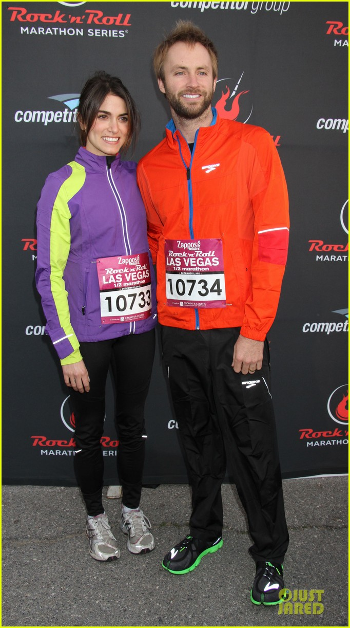 nikki reed & paul mcdonald rock n roll marathon & half marathon 06