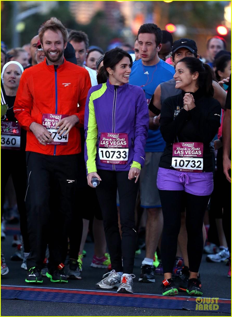 nikki reed & paul mcdonald rock n roll marathon & half marathon 122768385