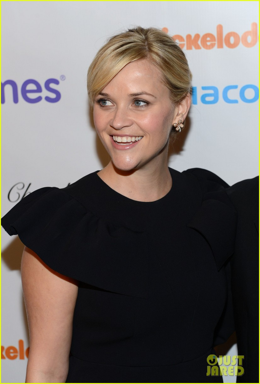 reese witherspoon elizabeth banks march of dimes 2012 142771439