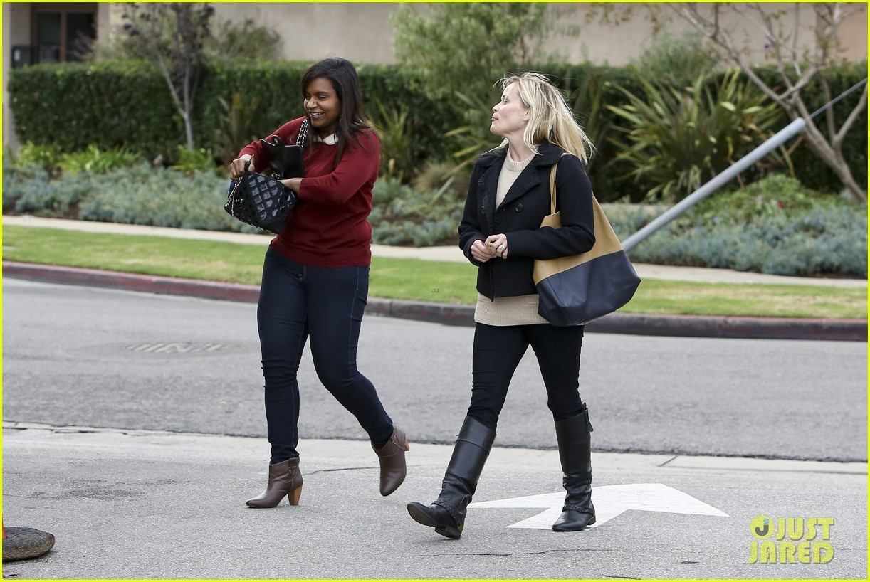 mindy kaling reese witherspoon lunch 032767419