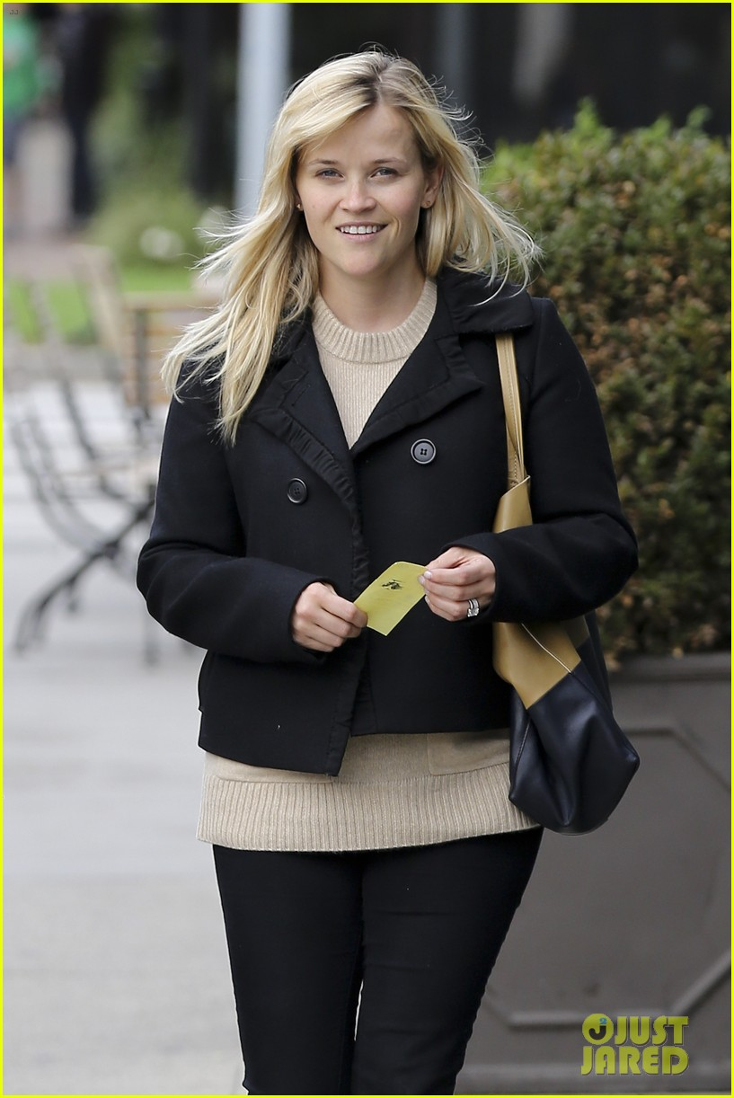 mindy kaling reese witherspoon lunch 042767420