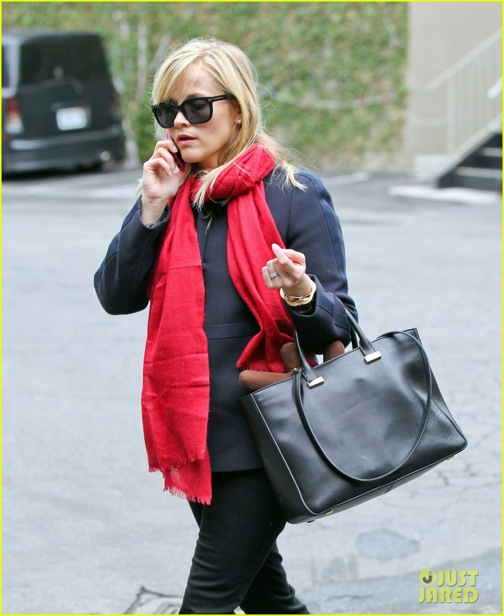 reese witherspoon baby tennessee is a perfect baby 102774592