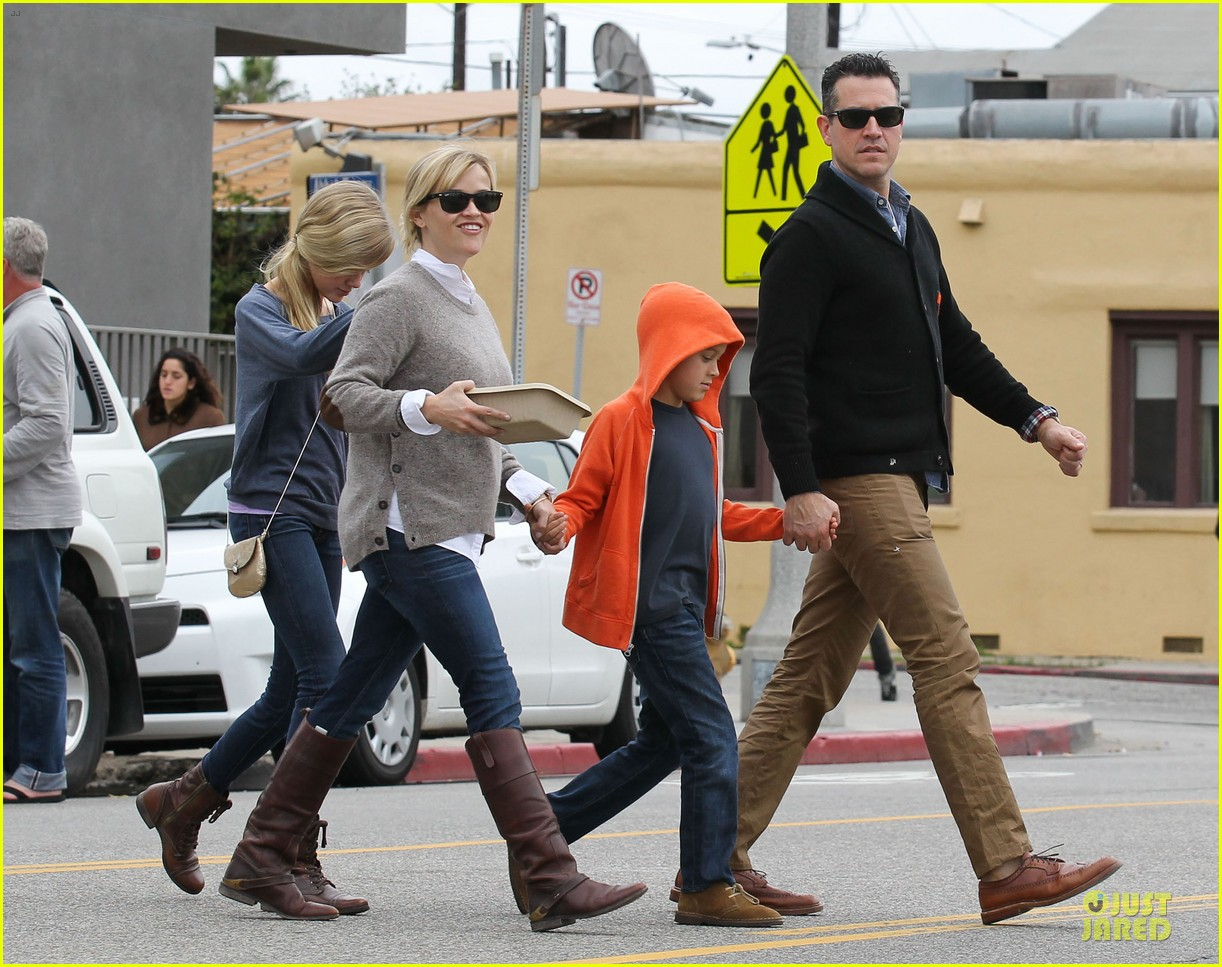 reese witherspoon producer for wild 052768077