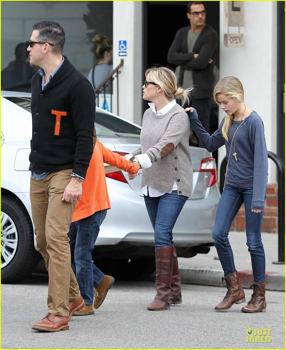 reese witherspoon producer for wild 072768079