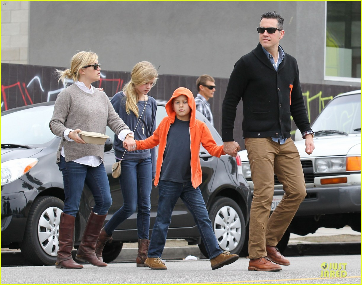 reese witherspoon producer for wild 192768091