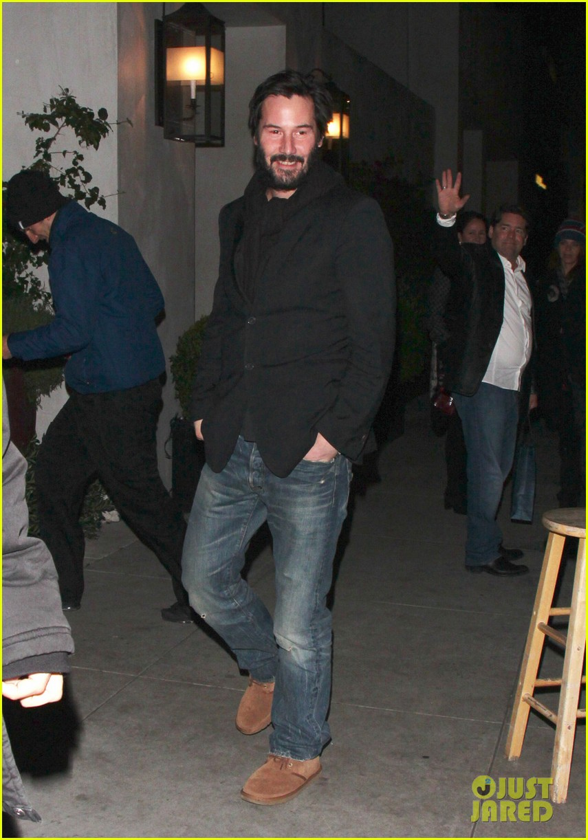 keanu reeves peace out 2012 012782868