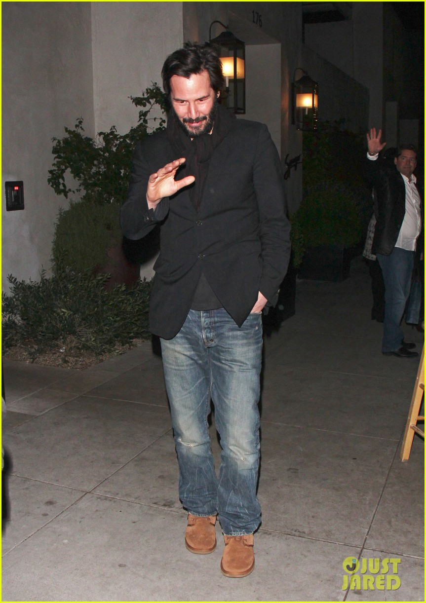 keanu reeves peace out 2012 032782870