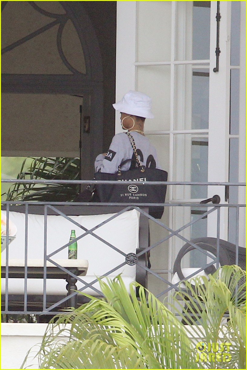 rihanna gran gran dolly memorial at barbados hospital 102780722