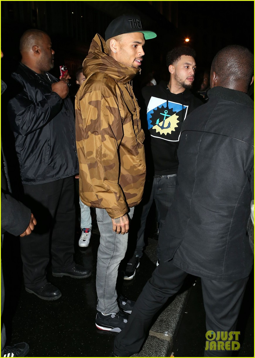 rihanna chris brown separate paris outings 162772897