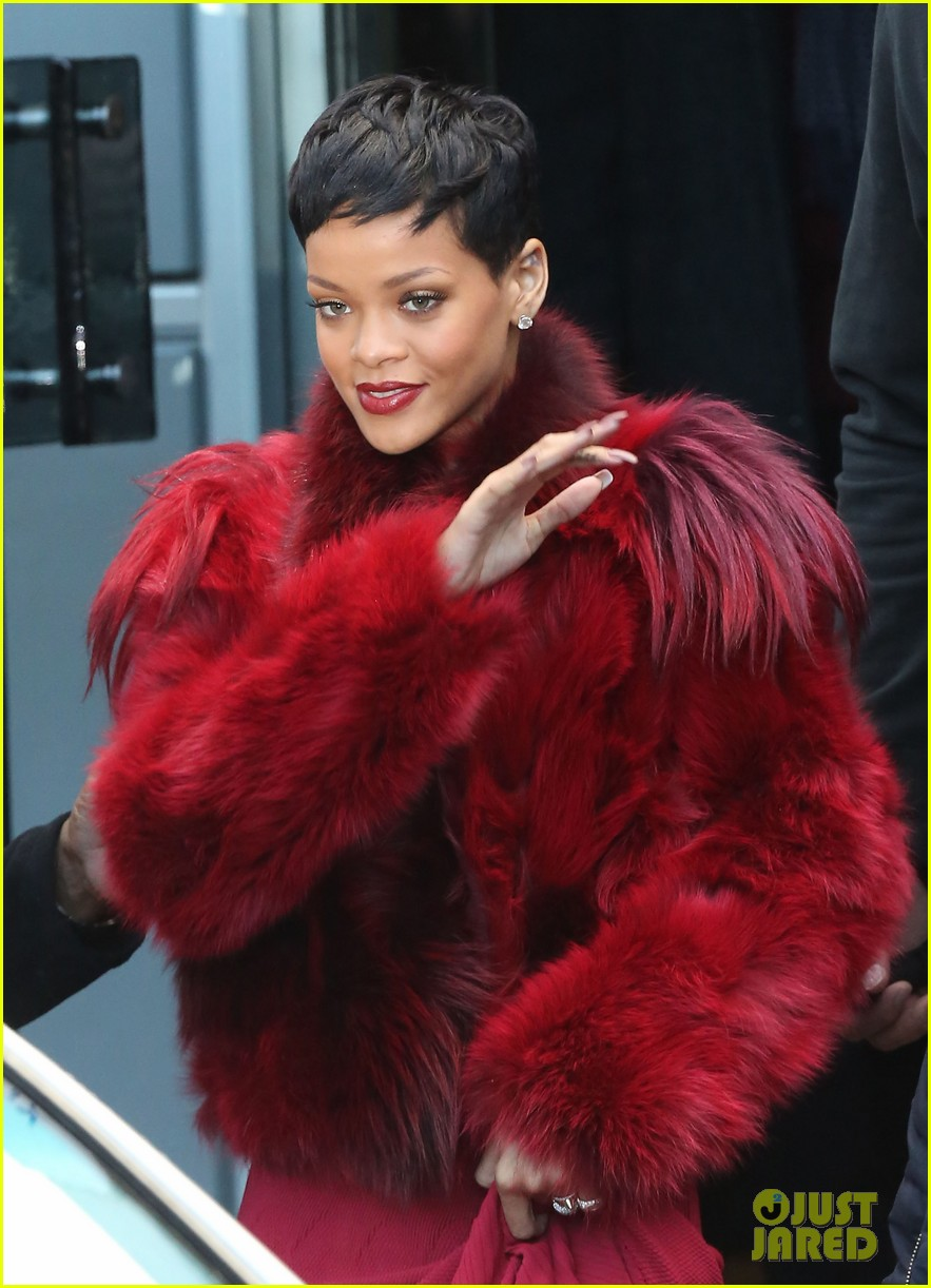 rihanna chris brown separate paris outings 202772901