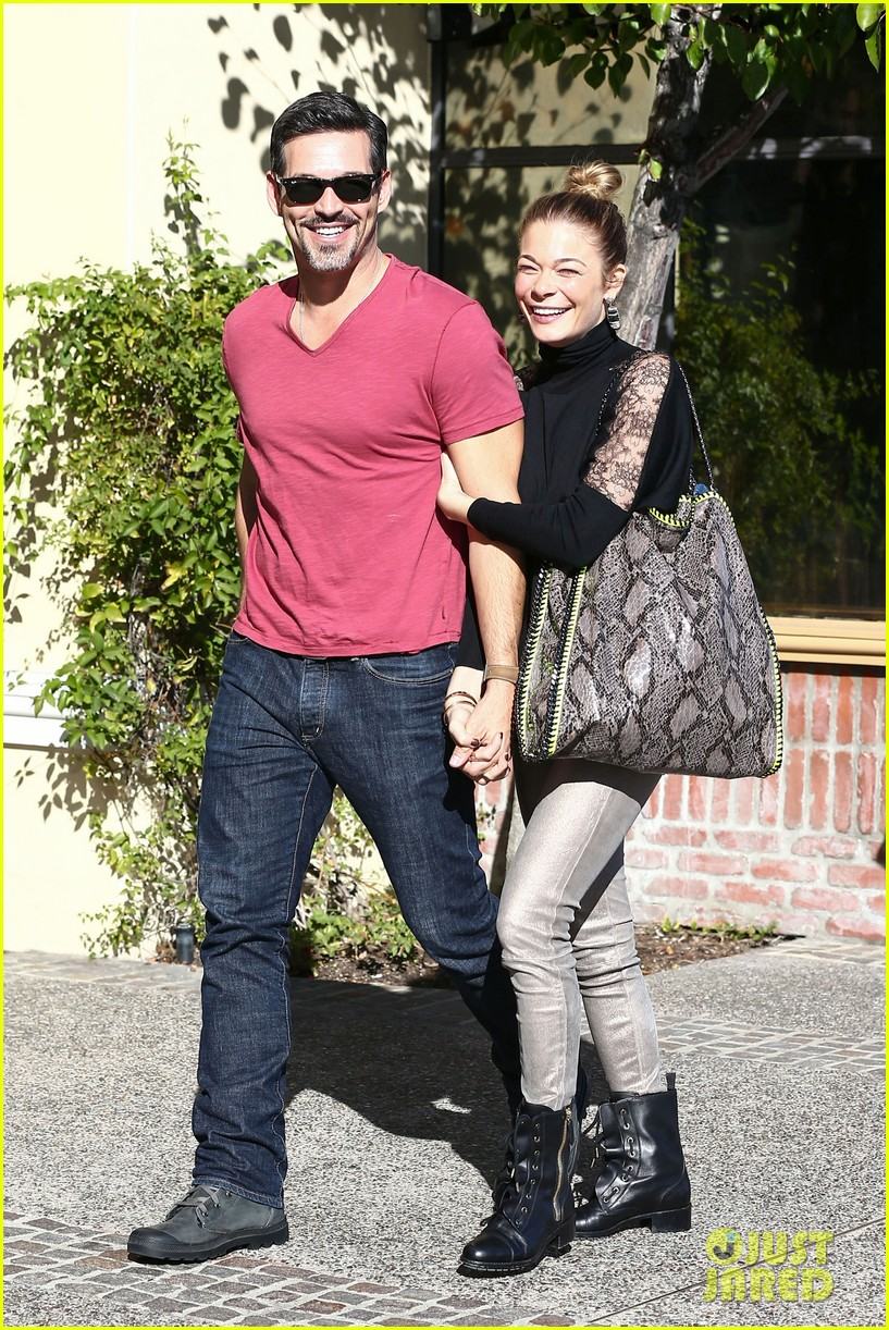 leann rimes eddie cibrian riviera lunch date 01