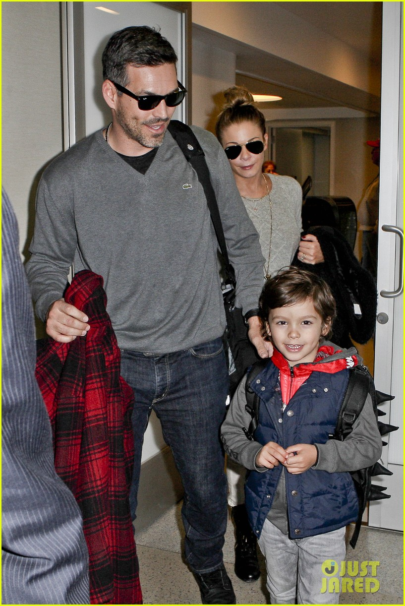 leann rimes post holiday nashville trip with the family 022781056