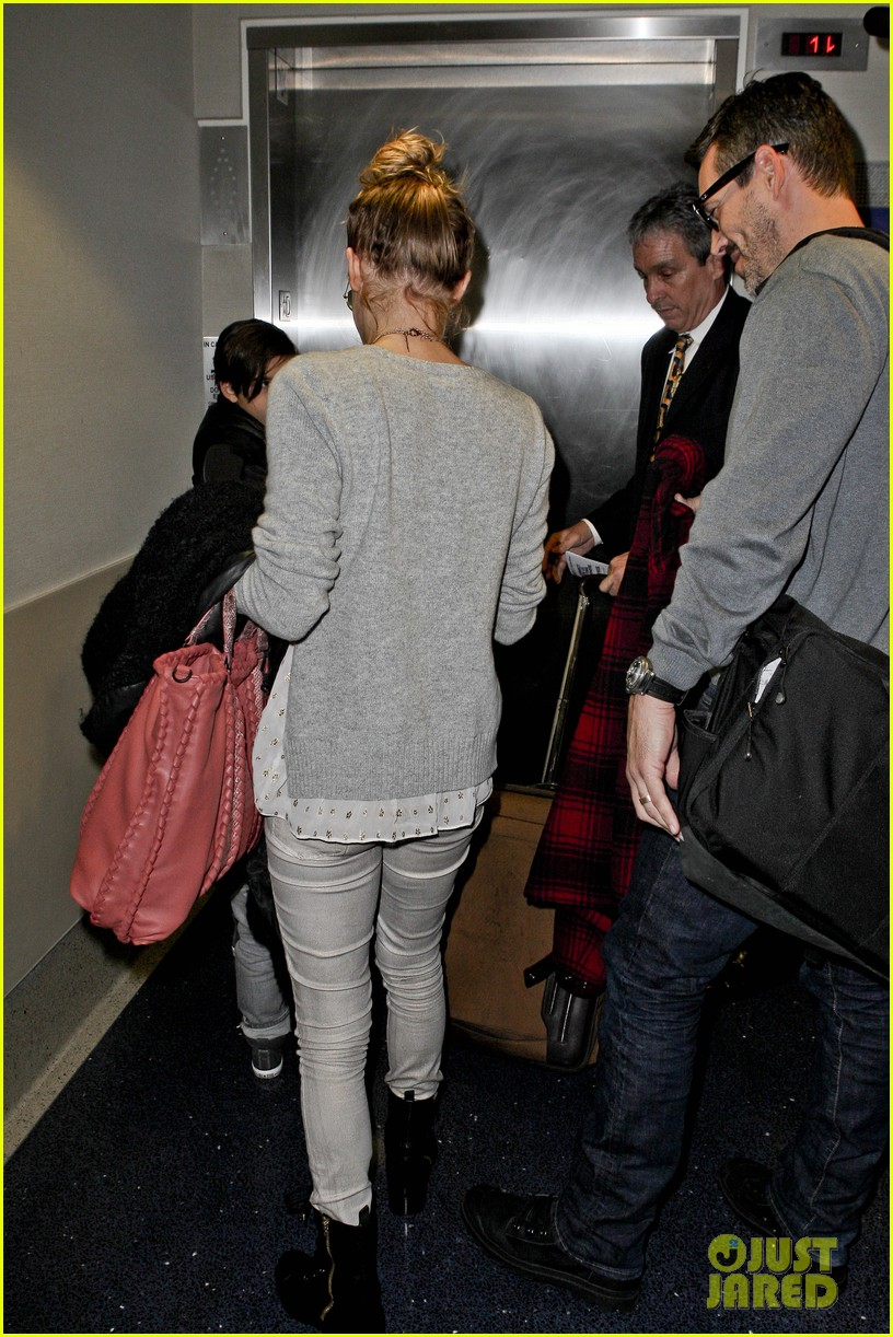 leann rimes post holiday nashville trip with the family 092781063