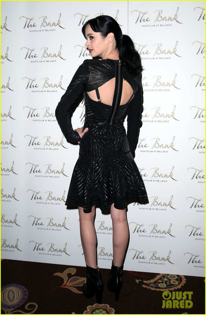 krysten ritter bank nightclub birthday party 08