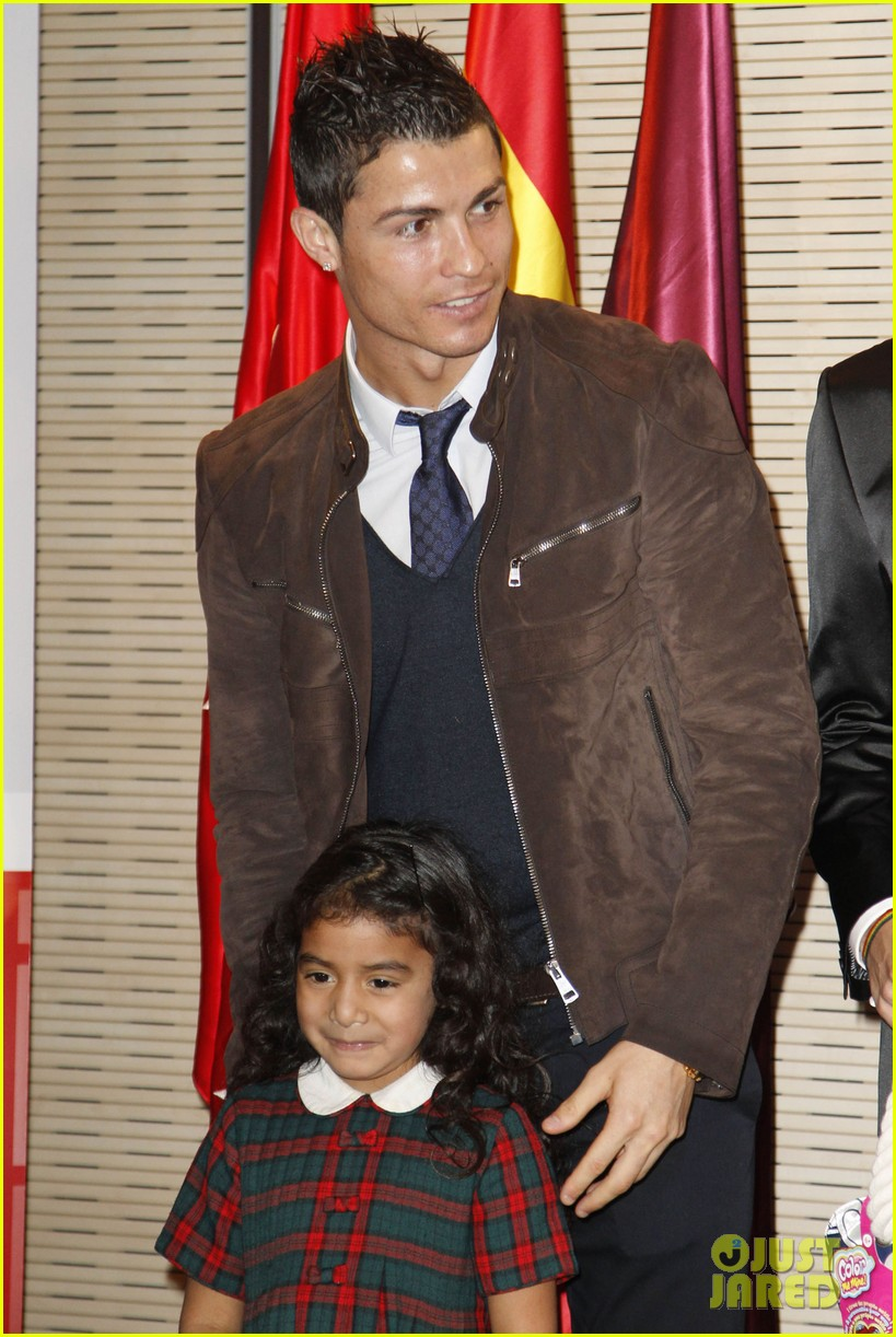 cristiano ronaldo no child without toys campaign 122777234