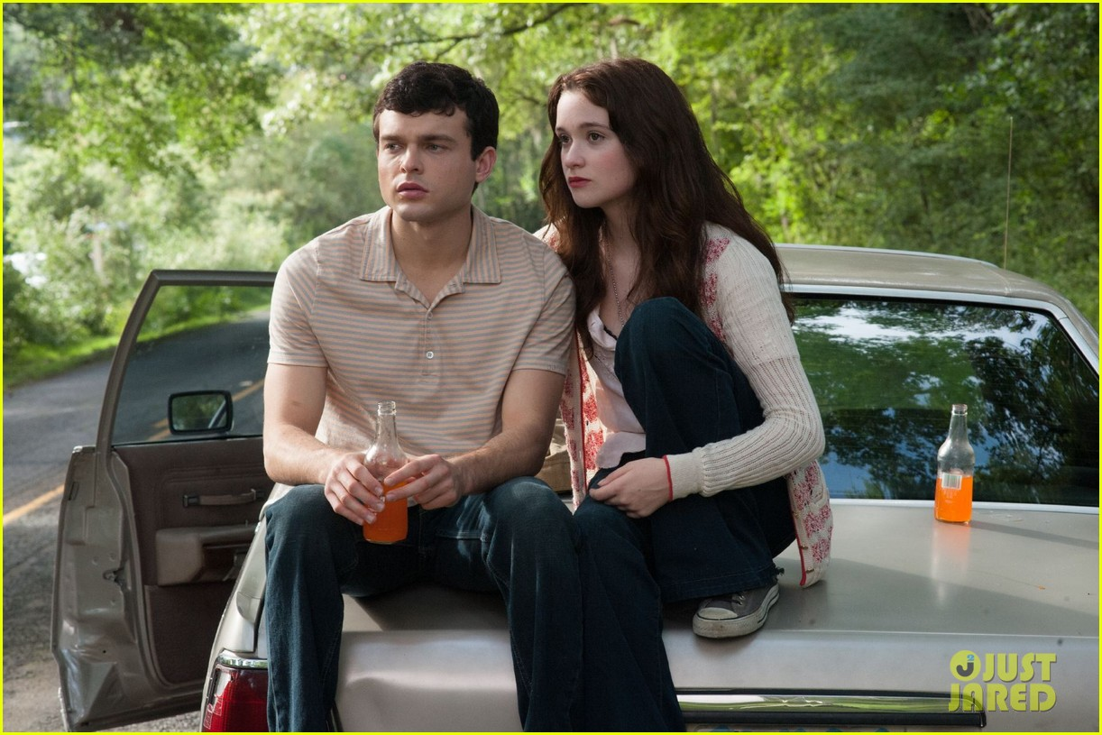 emmy rossum new beautiful creatures stills exclusive 012775356