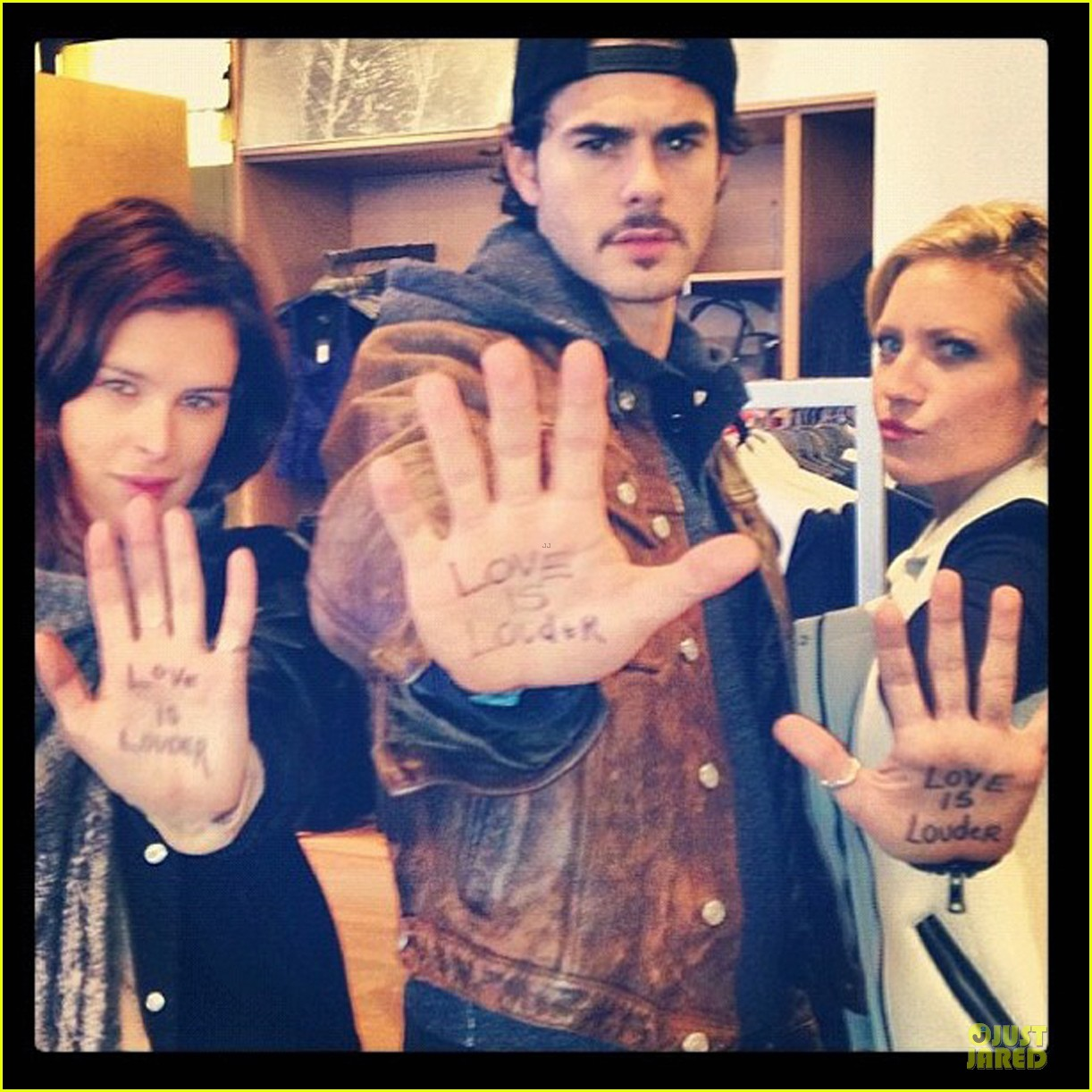 rumer willis love is louder support 022774419