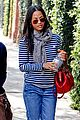 zoe saldana loves the los angeles rain 19