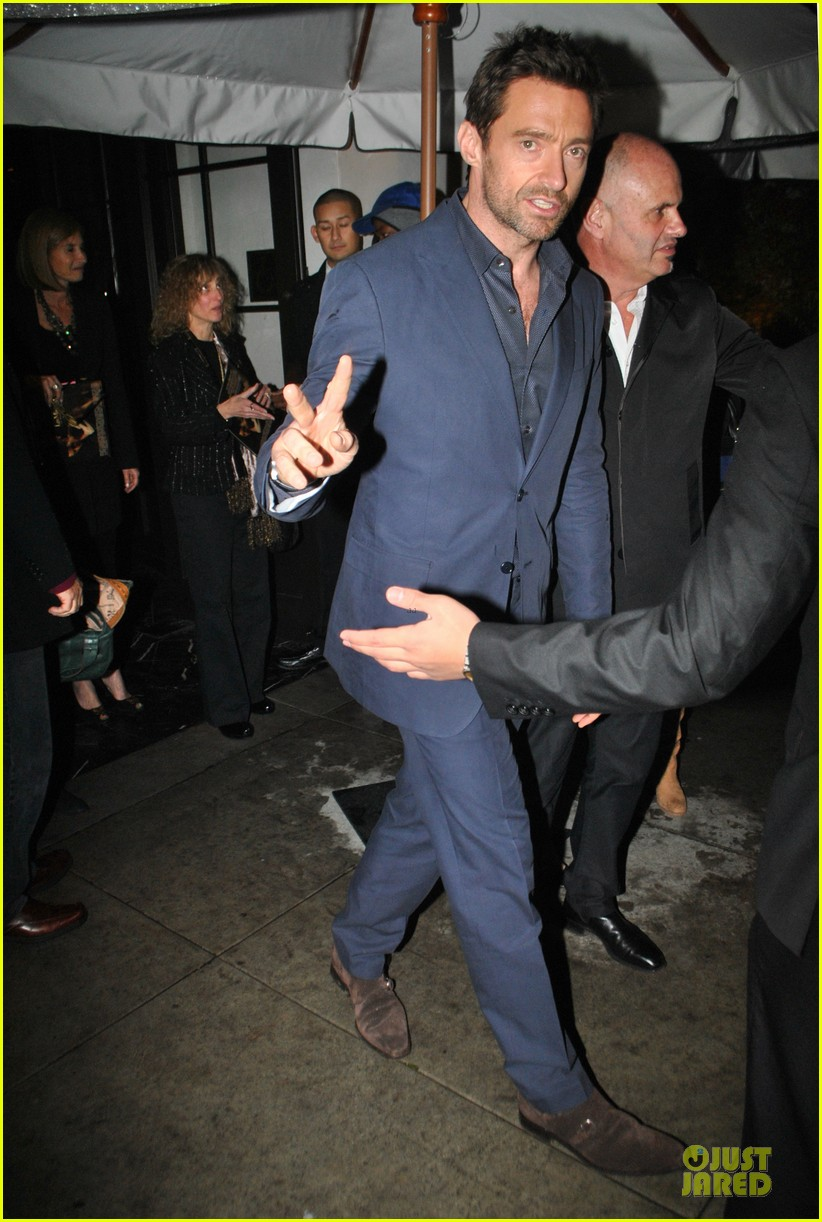 amanda seyfried & hugh jackman pre golden globes nominee party 032776377