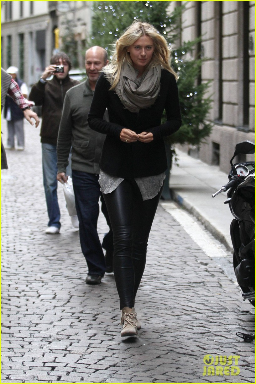 maria sharapova christmas shopping at armani milan store 152767670