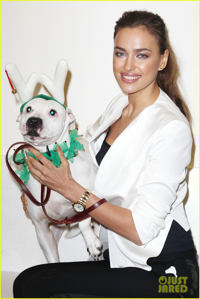 irina shayk aspca adoption center visit 042776015