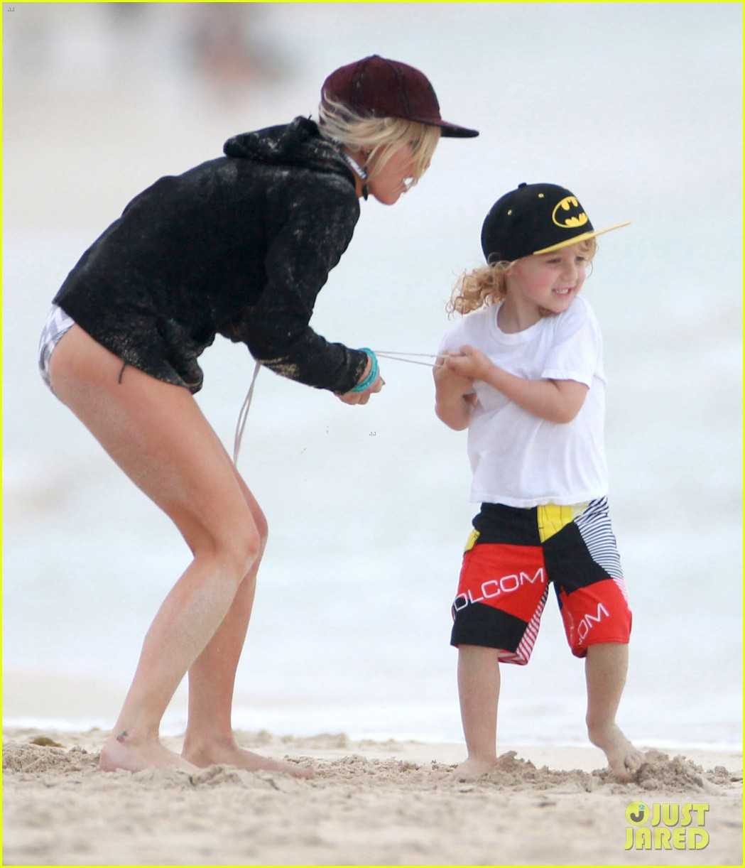 ashlee simpson bronx hawaii family vacation 03
