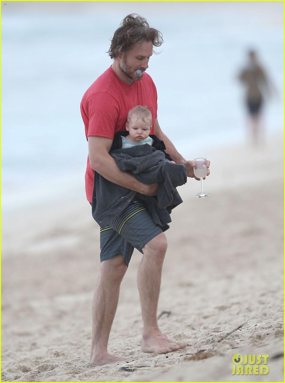 ashlee simpson bronx hawaii family vacation 092781313