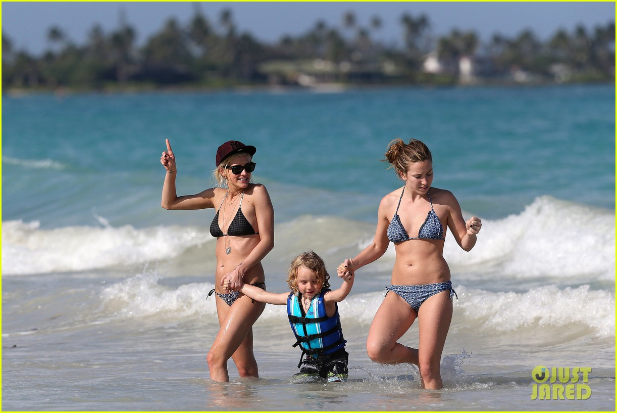 ashlee simpson bikini babe in hawaii 112782218