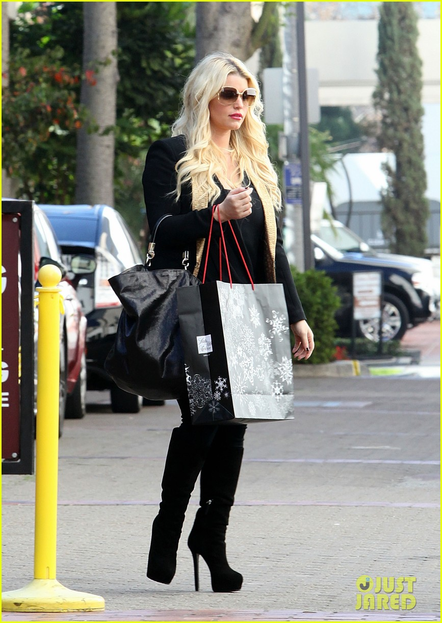 jessica simpson saks shopping spree in stilettos 082773203