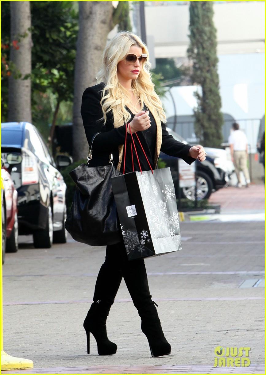 jessica simpson saks shopping spree in stilettos 092773204