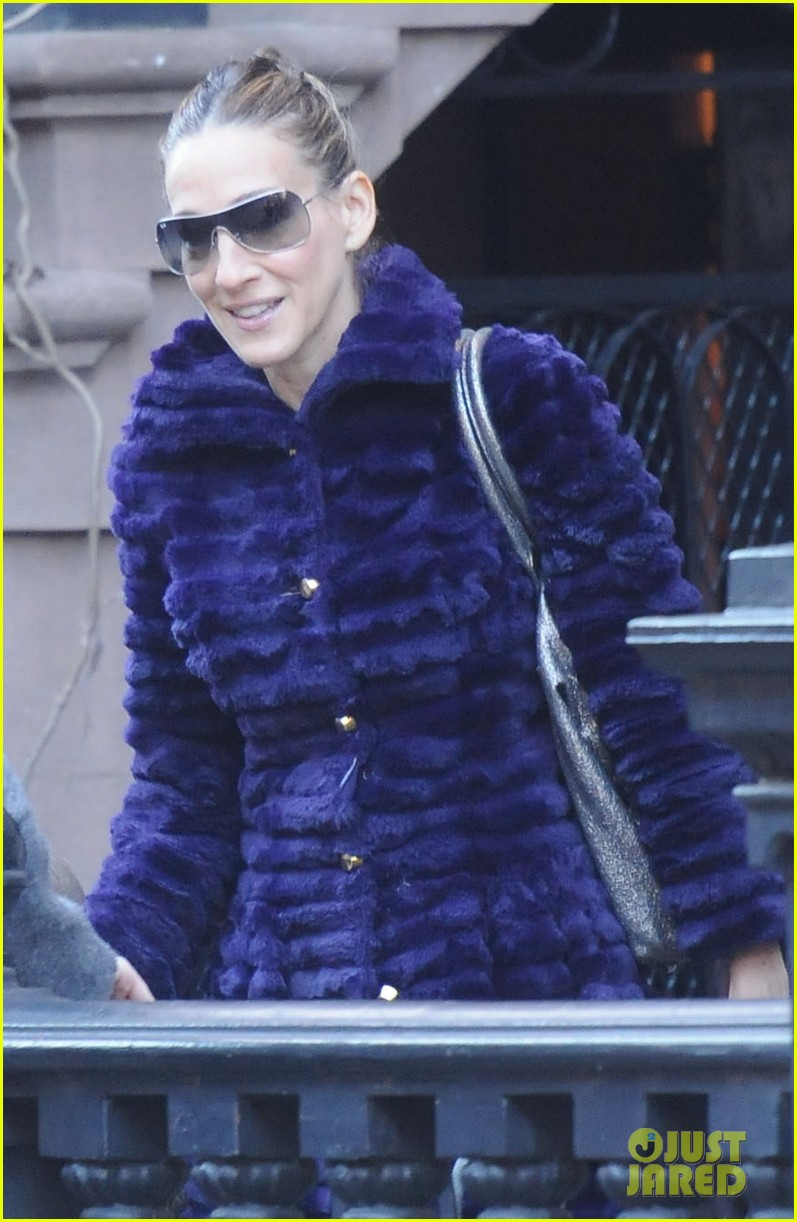 sarah jessica parker wednesday walk with the twins 022778592