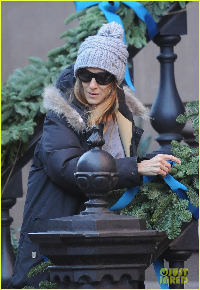 sarah jessica parker wednesday walk with the twins 092778599