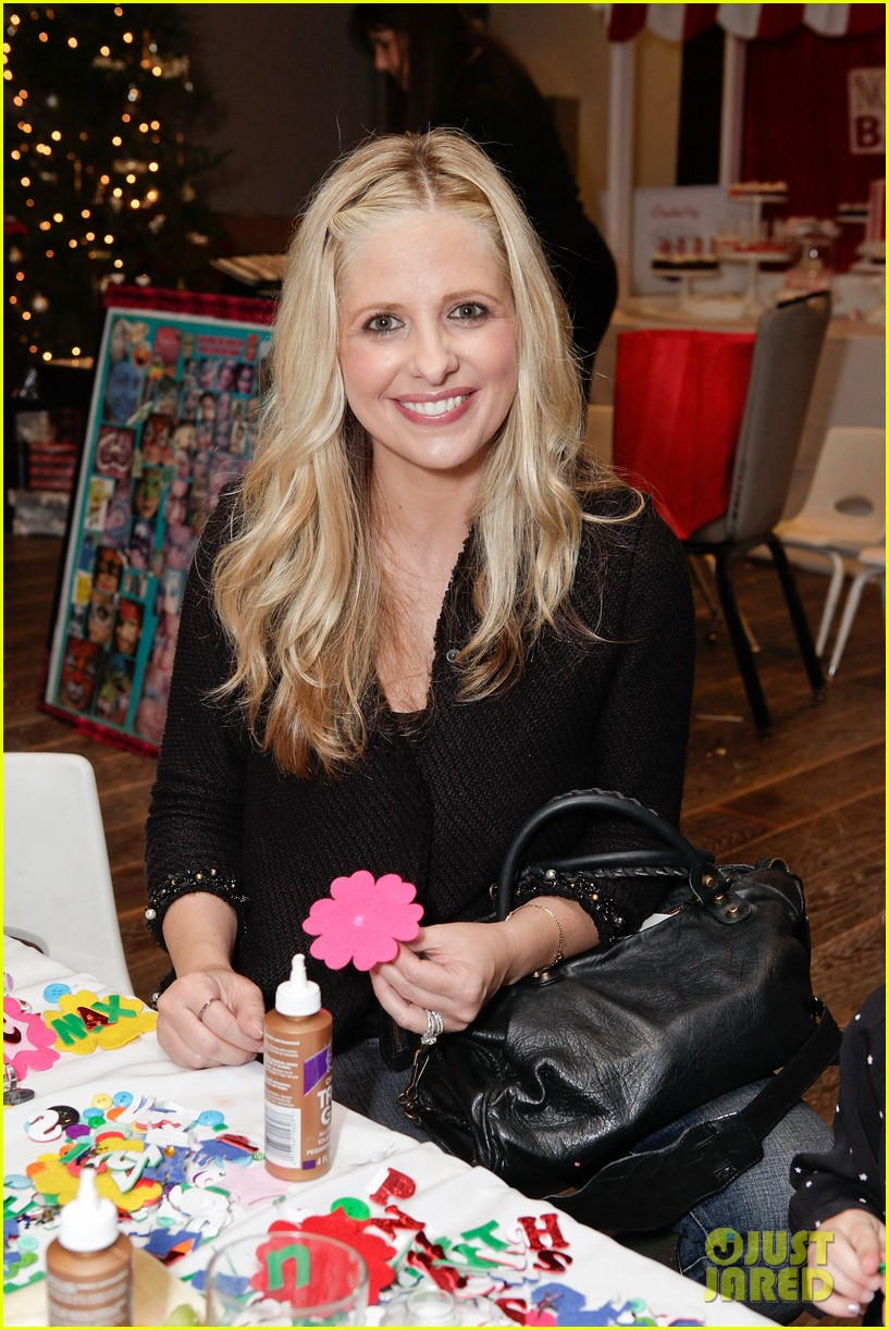 sarah michelle gellar david boreanaz buffy reunion at santas workshop event 012768732